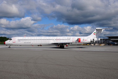 DAT (Danish Air Transport) (dat.dk) McDonnell Douglas DC-9-83 (MD-83) OY-RUE (msn 49936) BLL (Ton Jochems). Image: 908527.