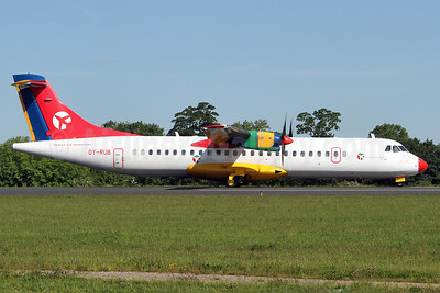 Danish Air Transport-DAT ATR 72-202 OY-RUB (msn 301) SEN (Keith Burton). Image: 920318.