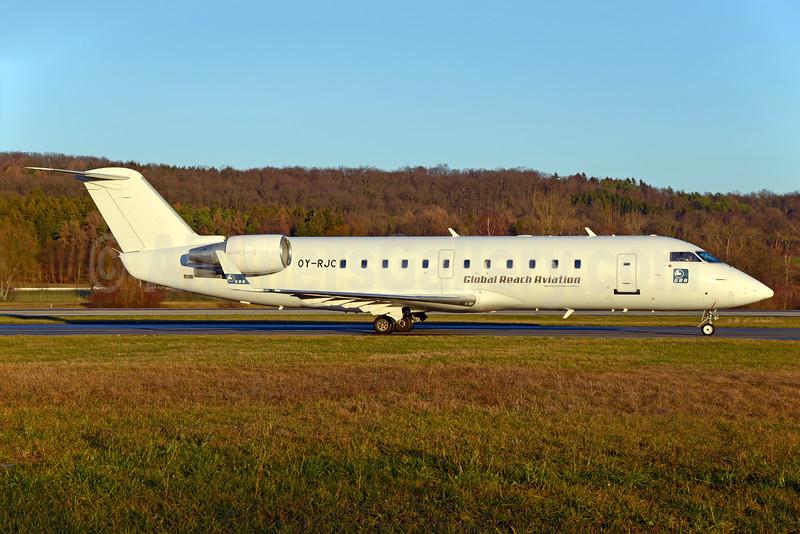 Global Reach Aviation - BackBone Aviation Bombardier CRJ200 (CL-600-2B19) OY-RJC (msn 7015) ZRH (Rolf Wallner). Image: 930698.