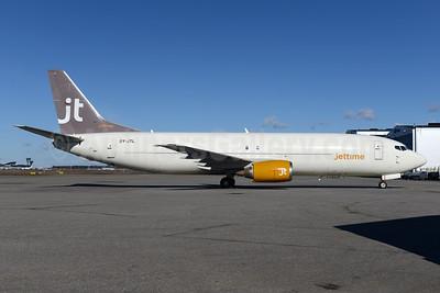 Jettime Boeing 737-42C (F) OY-JTL (msn 24231) HEL (Ton Jochems). Image: 941864.