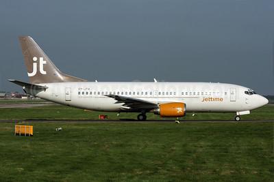 Jettime Boeing 737-33A OY-JTA (msn 23631) LGW (Antony J. Best). Image: 902133.