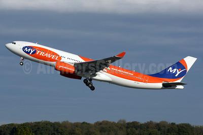 MyTravel Airways (Scandinavia) Airbus A330-243 OY-VKF (msn 309) LGW (Antony J. Best). Image: 901621.