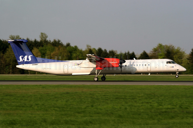 Scandinavian Commuter-SAS Bombardier DHC-8-402 (Q400) LN-RDG (msn 4022) HAM (Reiner Geerdts). Image: 901040.
