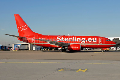 Sterling Airlines (3rd) (Sterling.eu) Boeing 737-7L9 OY-MRR (msn 34402) AMS (Ton Jochems). Image: 940608.