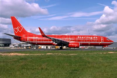 Sterling European Airlines (Sterling.dk) (2nd) Boeing 737-86Q WL OY-SEK (msn 30292) CDG (Pepscl). Image: 900140.