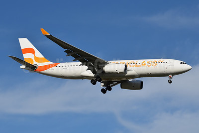 Sunclass Airlines Airbus A330-243 OY-VKF (msn 309) DFW (Brian Peters). Image: 953668.