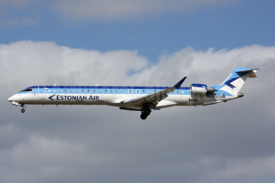Estonian Air (Estonian Airlines) Bombardier CRJ900 (CL-600-2D24) ES-ACB (msn 15261) LGW (Terry Wade). Image: 932417.
