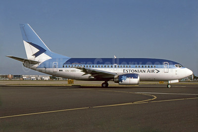 Estonian Air (Estonian Airlines) Boeing 737-5Q8 ES-ABC (msn 26324) LGW. Image: 938162.