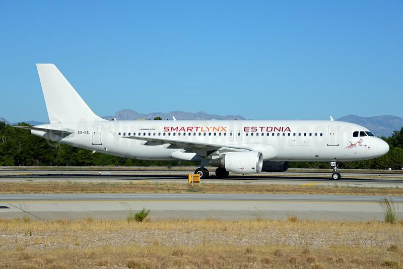 SmartLynx Airlines Estonia Airbus A320-214 ES-SAL (msn 566) AYT (Ton Jochems). Image: 920709.