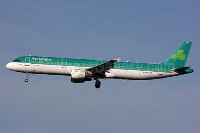 Aer Lingus Airbus A321-211 EI-CPE (msn 926) LHR (SPA). Image: 926324.