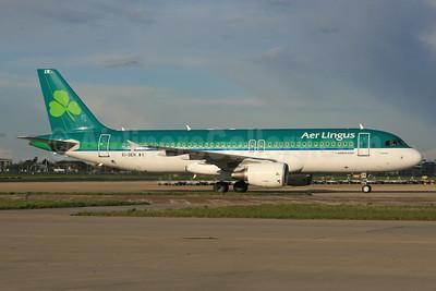 Aer Lingus Airbus A320-214 EI-DEN (msn 2432) LHR. Image: 933030.