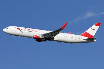 Austrian Airlines Boeing 767-3Z9 ER WL OE-LAZ (msn 30331) IAD (Brian McDonough). Image: 933793.