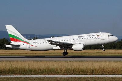 Bulgaria Air Airbus A320-214 LZ-FBC (msn 2540) BSL (Paul Bannwarth). Image: 934503.