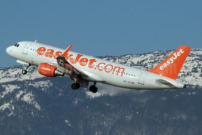 easyJet (easyJet.com) (Switzerland) Airbus A320-214 WL HB-JXE (msn 5785) GVA (Paul Denton). Image: 934430.