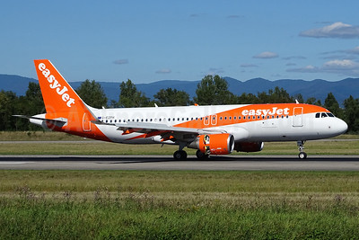 easyJet (UK) Airbus A320-214 WL G-EZPH (msn 7093) BSL (Paul Bannwarth). Image: 934458.