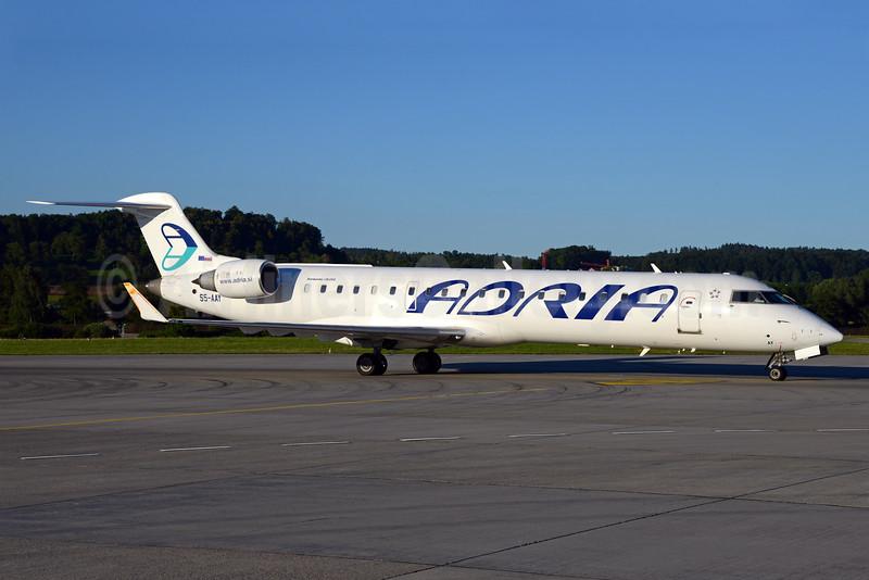 Adria Airways Bombardier CRJ700 (CL-600-2C10) S5-AAY (msn 10080) ZRH (Rolf Wallner). Image: 933845.