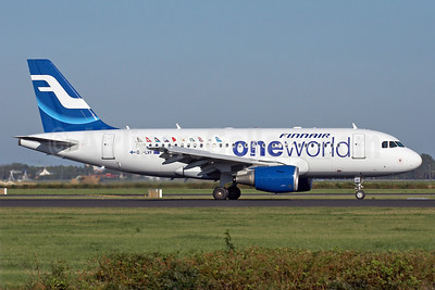 Finnair Airbus A319-112 OH-LVF (msn 1808) (Oneworld) AMS (Arnd Wolf). Image: 910311.