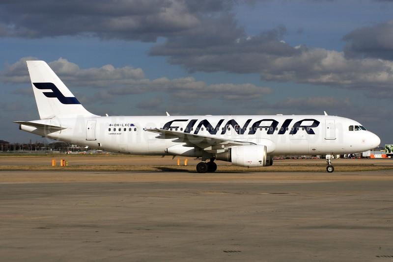 Finnair Airbus A320-214 OH-LXC (msn 1544) LHR (SPA). Image: 927261.