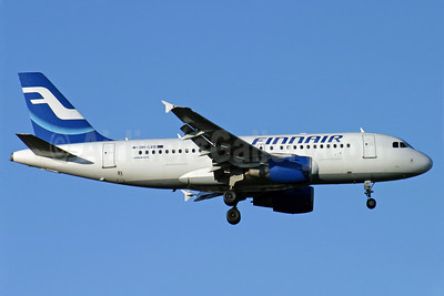Finnair Airbus A319-112 OH-LVB (msn 1107) LHR (Antony J. Best). Image: 900651.