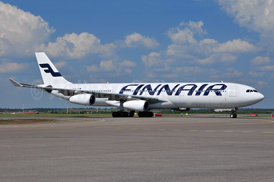 Finnair Airbus A340-313 OH-LQF (msn 168) HEL (Ton Jochems). Image: 955198.