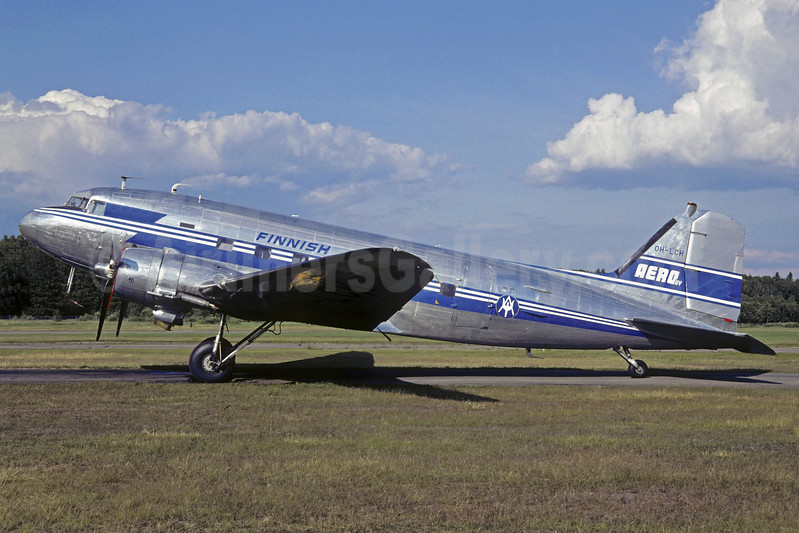 Airline Color Scheme - Introduced 1947