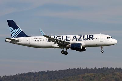 Aigle Azur Transport Aeriens (2nd) Airbus A320-214 WL F-HBIX (msn 6012) ZRH (Andi Hiltl). Image: 944078.