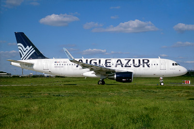 Aigle Azur Transport Aeriens (2nd) Airbus A320-214 WL F-HBIX (msn 6012) ORY (Jacques Guillem). Image: 935156.