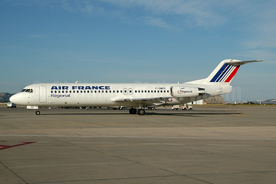 Aborted takeoff and overran runway striking a truck at Pau, France on January 25, 2007 (insurance write-off)