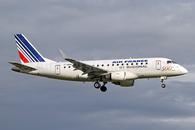 Air France (Regional Compagnie Aerienne Europeenne) Embraer ERJ 170-100ST F-HBXC (msn 17000263) (500th E-Jet) LHR (Keith Burton). Image: 920074.