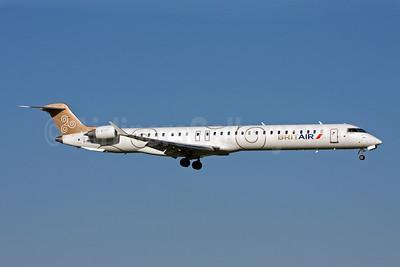 Brit Air (France) Bombardier CRJ1000 (CL-600-2E25) F-HMLA (msn 19004) AMS (Michael Stappen). Image: 906419.