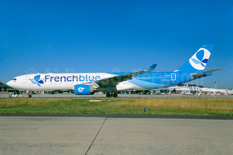 Became all Airbus A350 airline, F-HPUJ transferred to Air Caraibes in May 2019