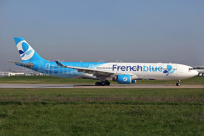 French blue (Air Caraïbes) Airbus A330-323 F-HPUJ (msn 1727) ORY (Rainer Bexten). Image: 937810.