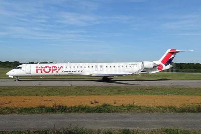 Hop! For Air France Bombardier CRJ1000 (CL-600-2E25) F-HMLO (msn 19041) NTE (Paul Bannwarth). Image: 939597.