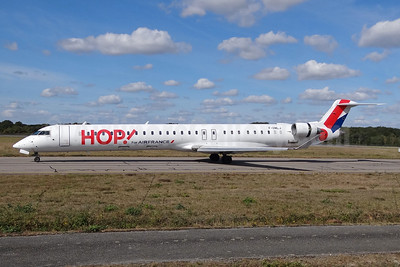 Hop! For Air France Bombardier CRJ1000 (CL-600-2E25) F-HMLJ(msn 19015) NTE (Paul Bannwarth). Image: 923858.