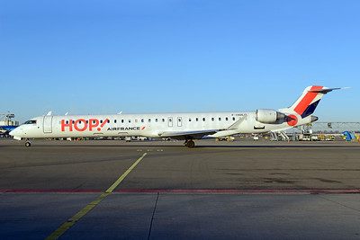 Hop! For Air France Bombardier CRJ1000 (CL-600-2E25) F-HMLO (msn 19041) AMS (Ton Jochems). Image: 939596.