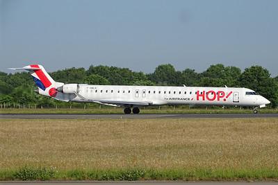 Hop! For Air France Bombardier CRJ1000 (CL-600-2E25) F-HMLN (msn 19024) NTE (Paul Bannwarth). Image: 923860.