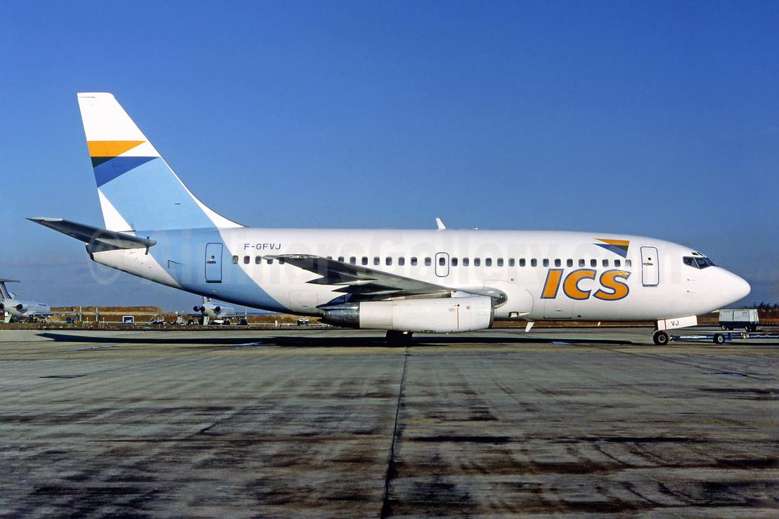 ICS Boeing 737-230C F-GFVJ (msn 20254) CDG (Michel Gilliand). Image: 940244.