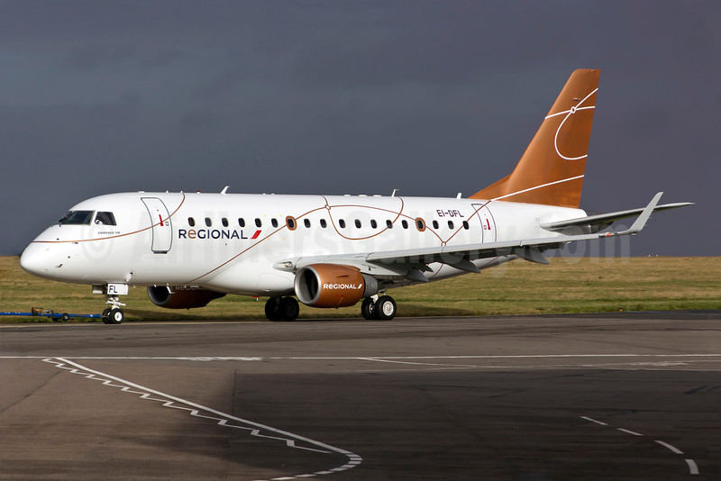 Regional Compagnie Aerienne Europeenne Embraer ERJ 170-100LR EI-DFL (F-HBXP) (msn 17000036) NWI (Matt Varley). Image: 907616.