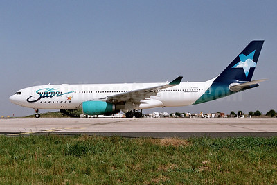 Star Airlines (France) Airbus A330-243 F-GRSQ (msn 501) (Ton Jochems). Image: 955366.