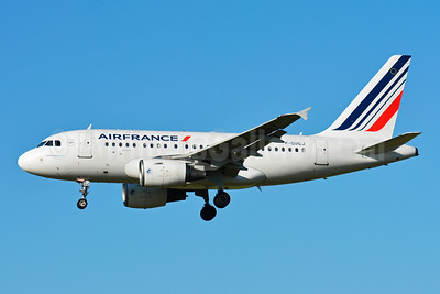 Air France Airbus A318-111 F-GUGJ (msn 4045) ZRH (Paul Bannwarth). Image: 927915.