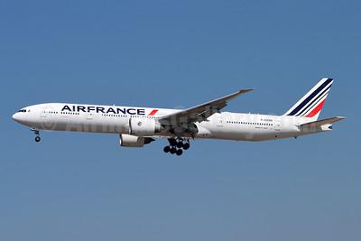 Air France Boeing 777-328 ER F-GZND (msn 35543) LAX (Michael B. Ing). Image: 955532.