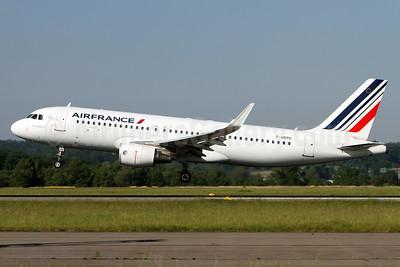 Air France Airbus A320-214 WL F-HEPH (msn 5869) ZRH (Andi Hiltl). Image: 937981.