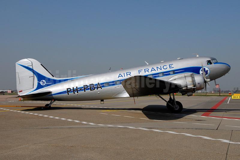 Air France (Dutch Dakota Association) Douglas C-47A-DK (DC-3A-456) PH-PBA (msn 19434) AMS (Ton Jochems). Image: 901287.
