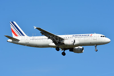 Air France Airbus A320-214 F-HBND (msn 4604) TLS (Paul Bannwarth). Image: 939754.