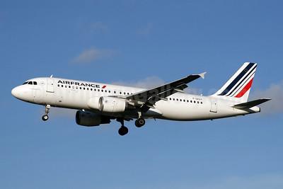 Air France Airbus A320-214 F-GKXY (msn 4105) LHR (SPA). Image: 944566.