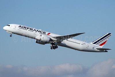 Air France Boeing 787-9 Dreamliner F-HRBD (msn 42487) PAE (Nick Dean). Image: 939781.