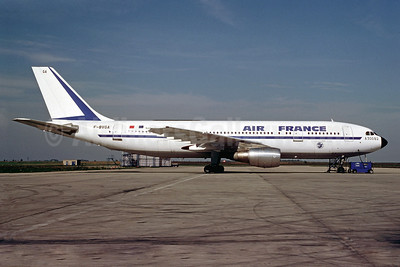 Airline Color Scheme - Introduced 1974