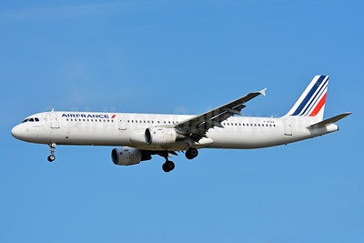 Air France Airbus A321-211 F-GTAX (msn 3930) TLS (Paul Bannwarth). Image: 939756.