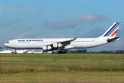 Air France Airbus A340-313 F-GLZU (msn 377) CDG (Pascal Simon). Image: 939758.