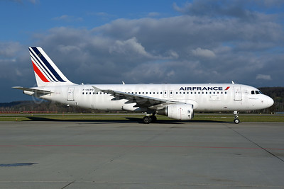 Air France Airbus A320-214 F-HEPD (msn 4295) ZRH (Rolf Wallner). Image: 944771.